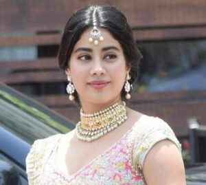 Janhvi Kapoor Biography in Hindi